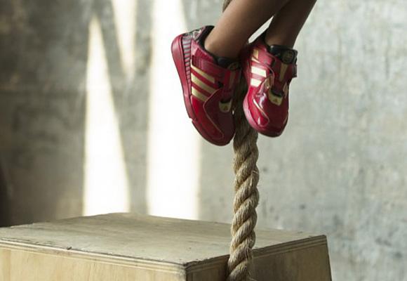Zapatillas con la última tecnología inspiradas en superhéroes. Compra aquí