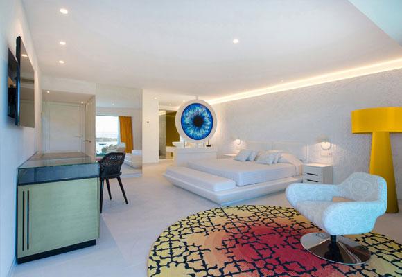 Consta de 66 habitacionesexquisitamente decoradas