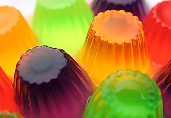 Estamos acostumbrados al formato 'yogur' pero existen tubos de gelatina más fáciles de consumir