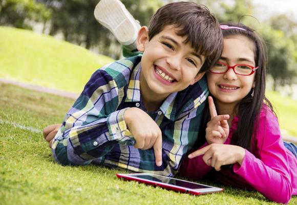 Las nuevas tecnologías deben ayudar también al fomento de la lectura
