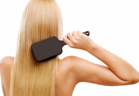La primavera y el estrés pueden provocar caída del cabello