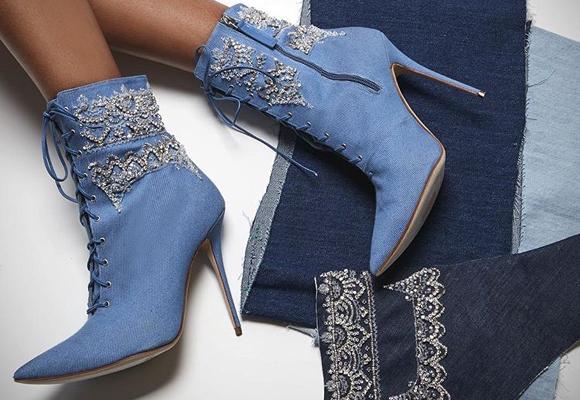 ¿Qué te parecen estos botines por casi 1.000 euros?