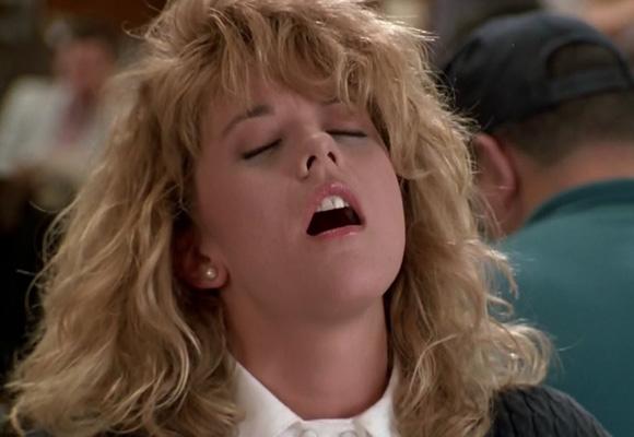 ¿Quién no se acuerda del mítico orgasmo fingido de Meg Ryan en el cine?