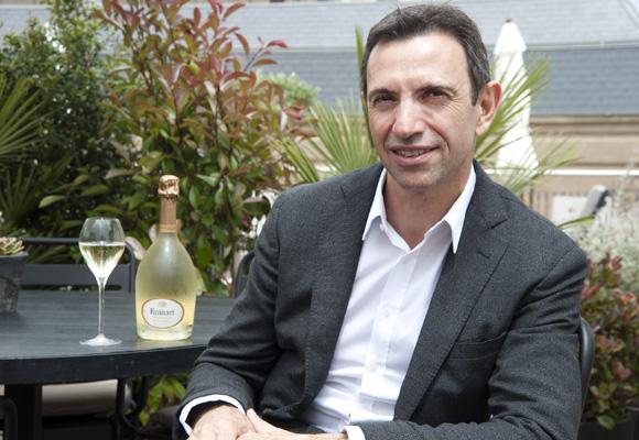 Frédéric Panaïotis durante el encuentro con los medios