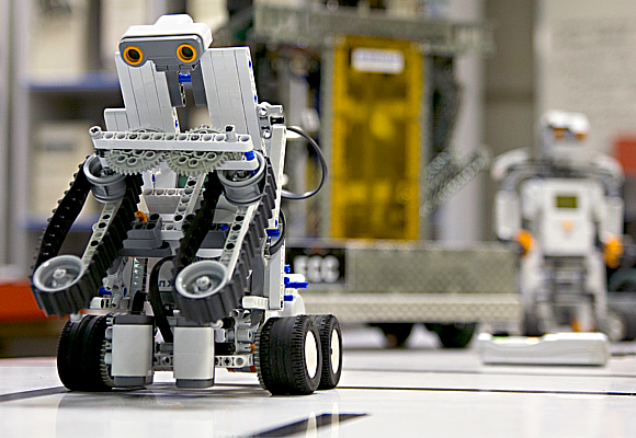 Robot 9