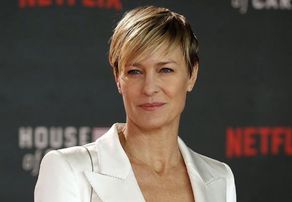 Robin Wright también es productora y directora en ocasiones de la ficción