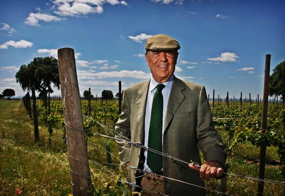 Carlos Falcó en sus viñedos