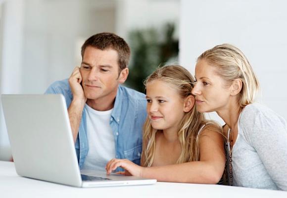 Trata de promover y educar en el buen uso de las tecnologías