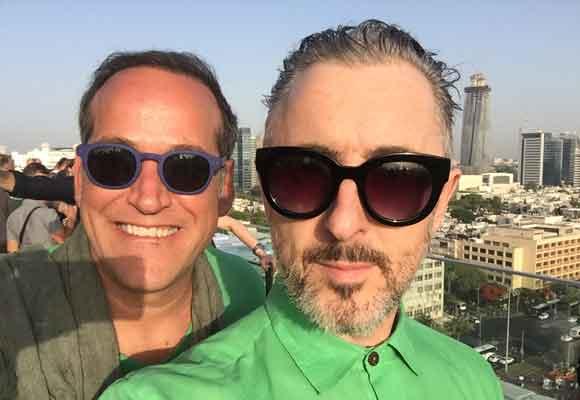 Nuestro compañero Aurelio con el actor Alan Cul