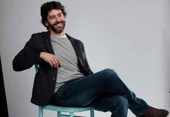 Eduardo es Carlos, un guionista desencantado
