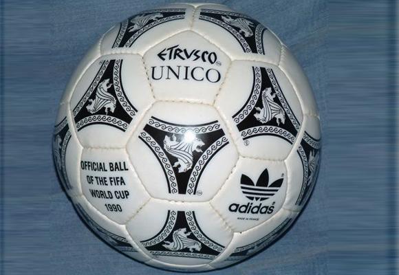 Etrusco, el otro balón de Adidas