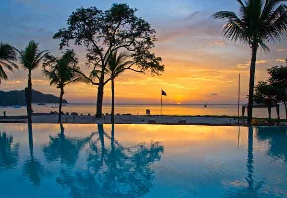 Relajarse es más que posible en resorts como éste de Guacanaste