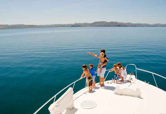 Encuentra el relax a bordo de un estupendo yate en Papagayo