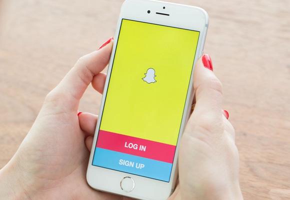 Algunas empresas te piden una solicitud de empleo a través de Snapchat