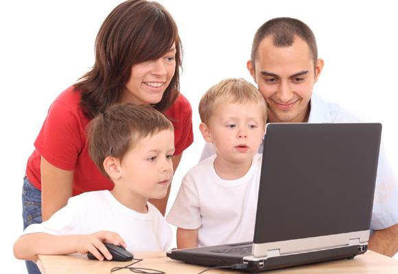 Los padres deben controlar y saber qué uso da el niño a internet