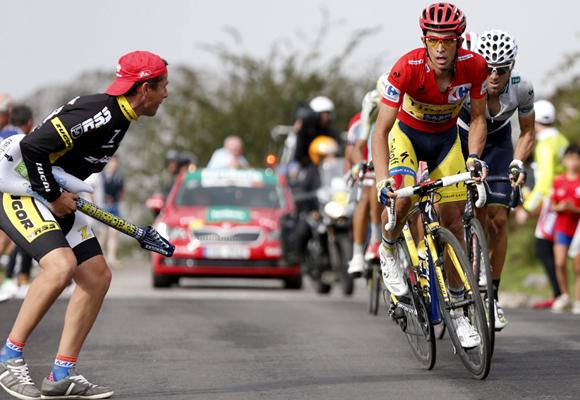 La Vuelta mueve a 3.000 personas cada año