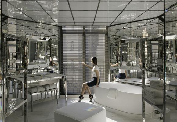 Baño de Le Royal Monceau Raffles