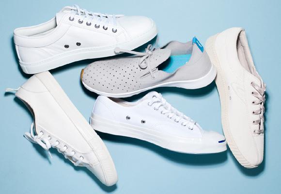 Las zapatillas blancas