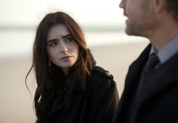 still-of-lily-collins-in-stuck-in-love-2012