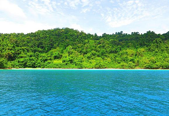 koh-chang-ofrece-playas-paridisiacas-para-nadar-y-bucear-pero-tambien-maravillosos-atardeceres