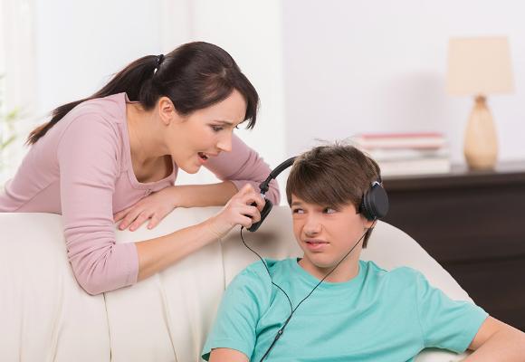 adolescente madre pelea