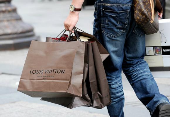 louis vuitton shopping