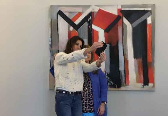 Con nuestra colaboradora Amalia Enríquez durante su entrevista