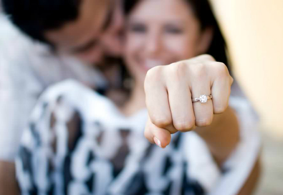 solitaire-an-engagement-ring