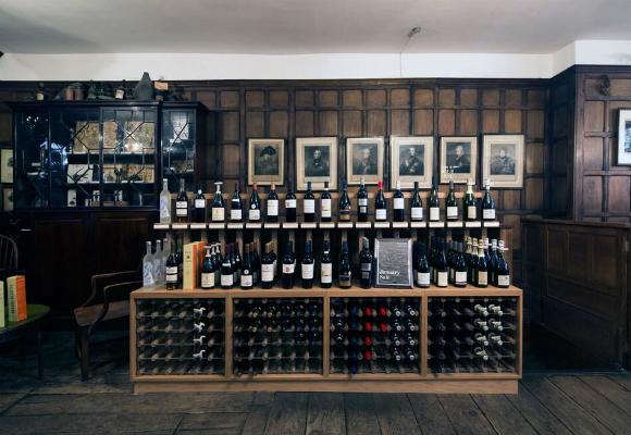 Simon Berry tienda de vino