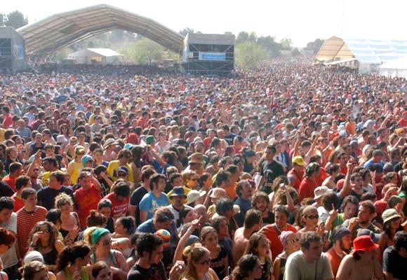En los festivales la gente busca emborracharse rápidamente
