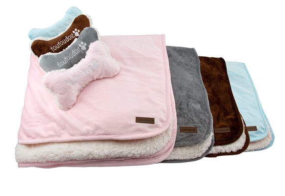 Ropita o mantas especiales para ellos, fundamental para cuidarlos