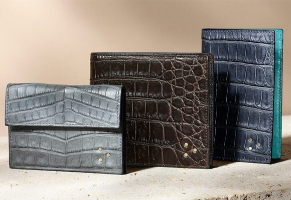 Bolsos Solantu elaborados con piel de cocodrilos argentinos