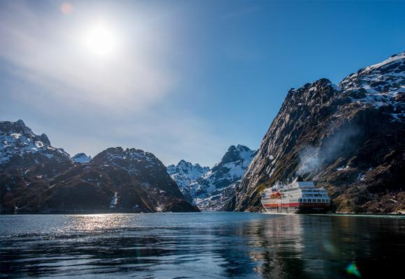 Hurtigruten ofrece experiencias únicas
